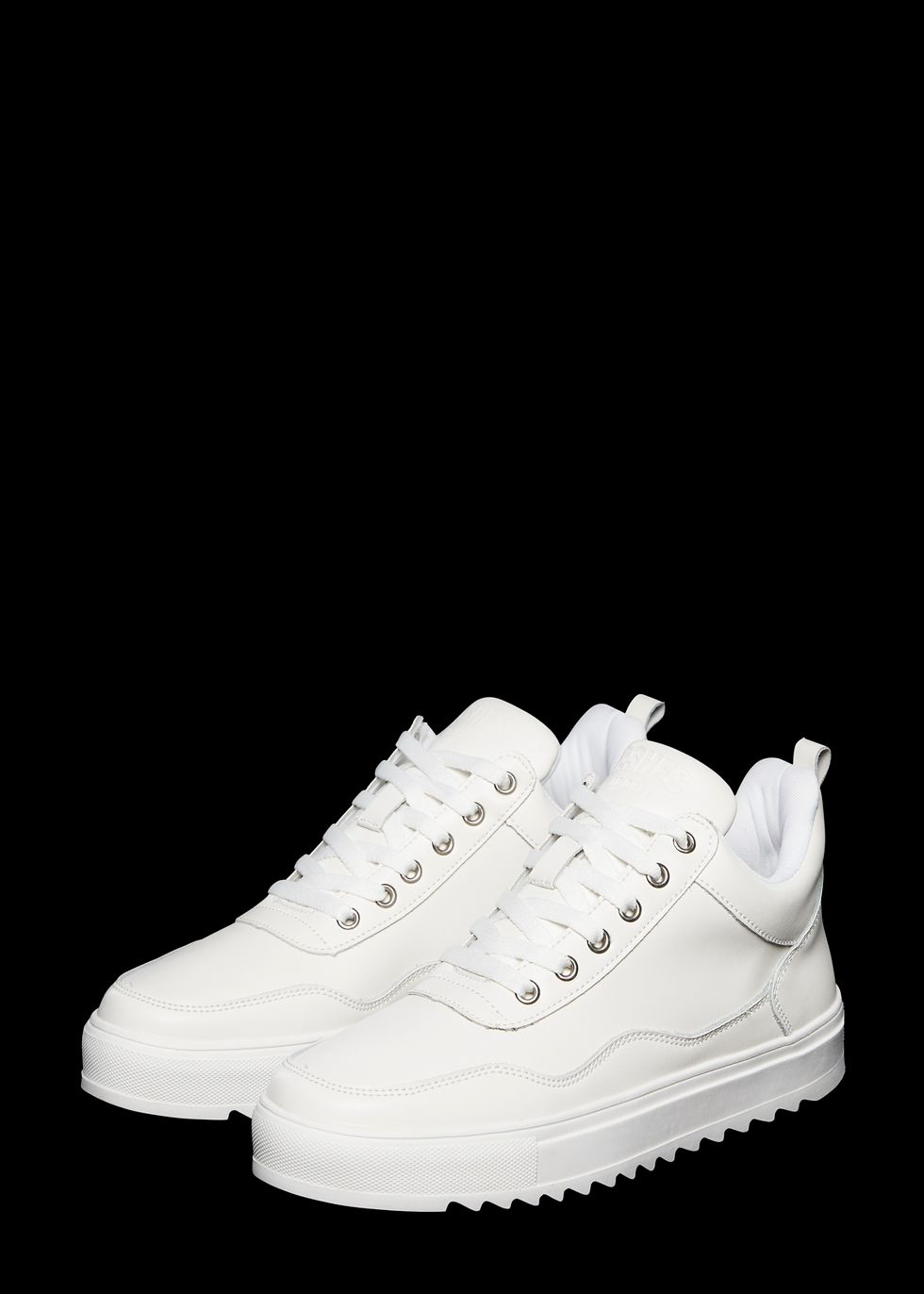 White Sneakers | The Sting